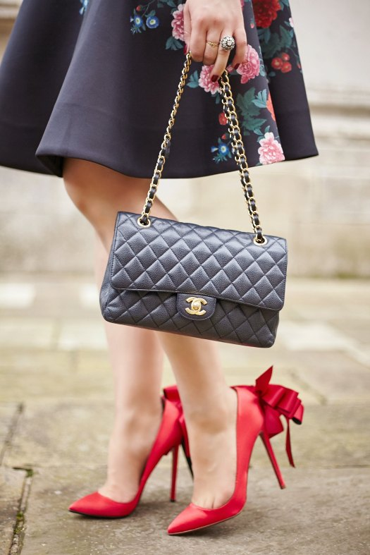 A-Girl-A-Style-_-Chanel-2.55-Classic-Flap-Bag.jpg