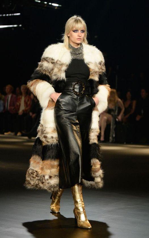 4b6695c14c71ec13efe54c4017664e87--fur-accessories-fur-coats.jpg